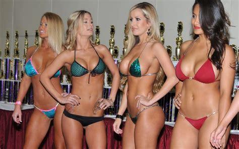 50 greatest spring break bikini photos we could find jpg 799x499